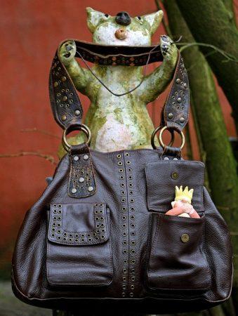 Handtasche (c) Claus Schwing